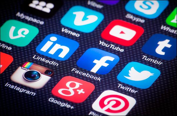 As redes sociais também são canais de comunicação